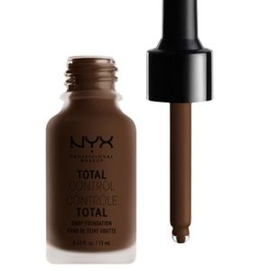 (BRAND NEW) Nyx Total Control Drop Foundation